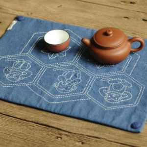 3-Monkey Design Tea Mat