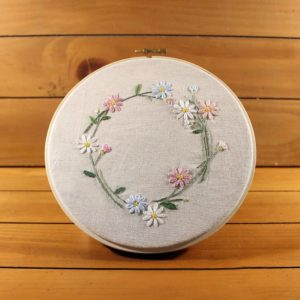 Daisy Flowers Hand Embroidery